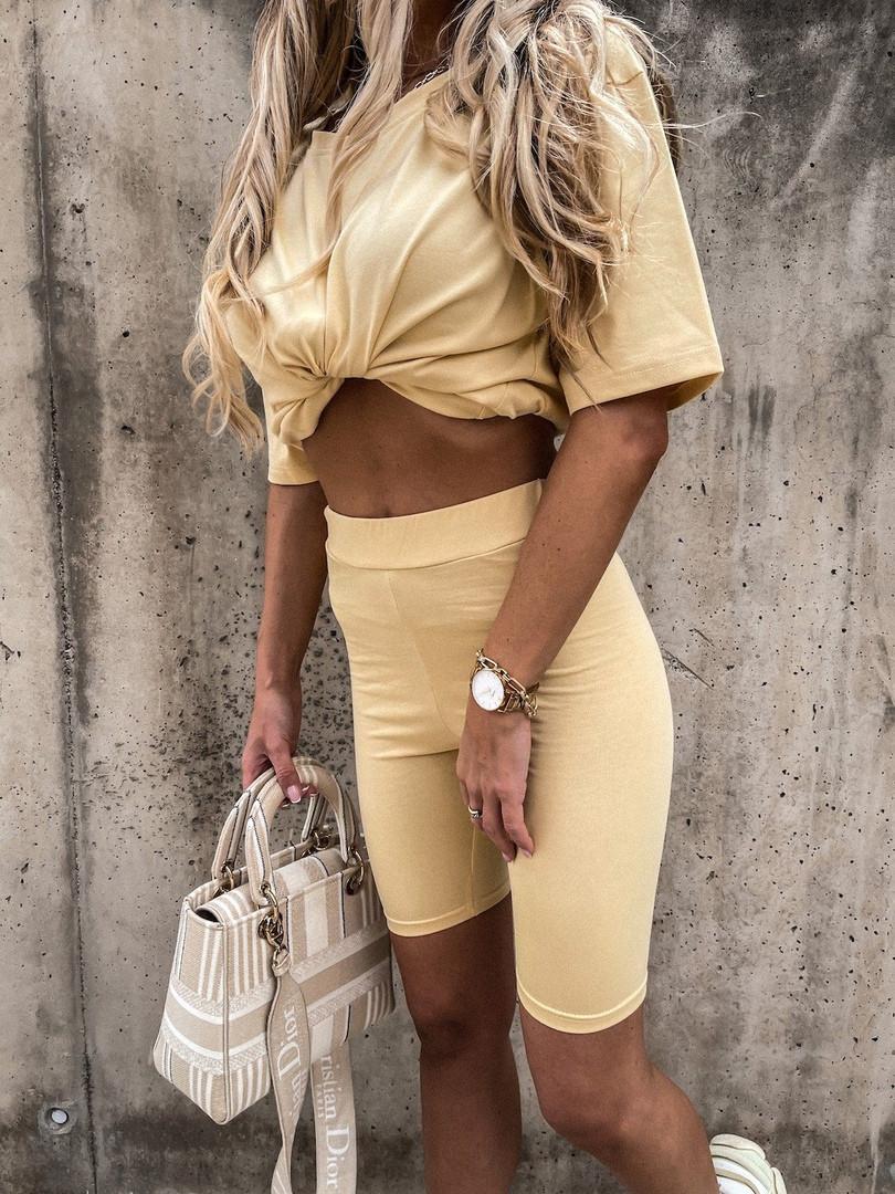 Женский прогулочный костюм с удлиненной футболкой и велосипедками (Норма)