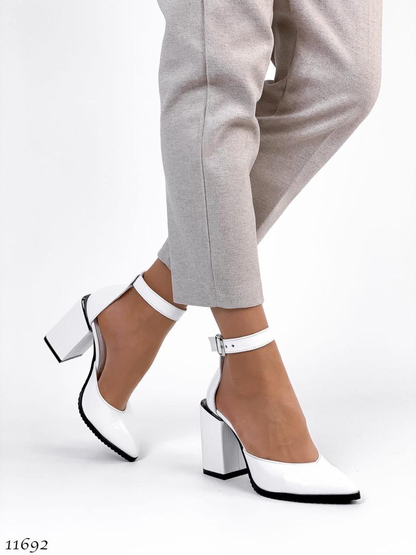 Туфли белого цвета 11692 (ЯМ)