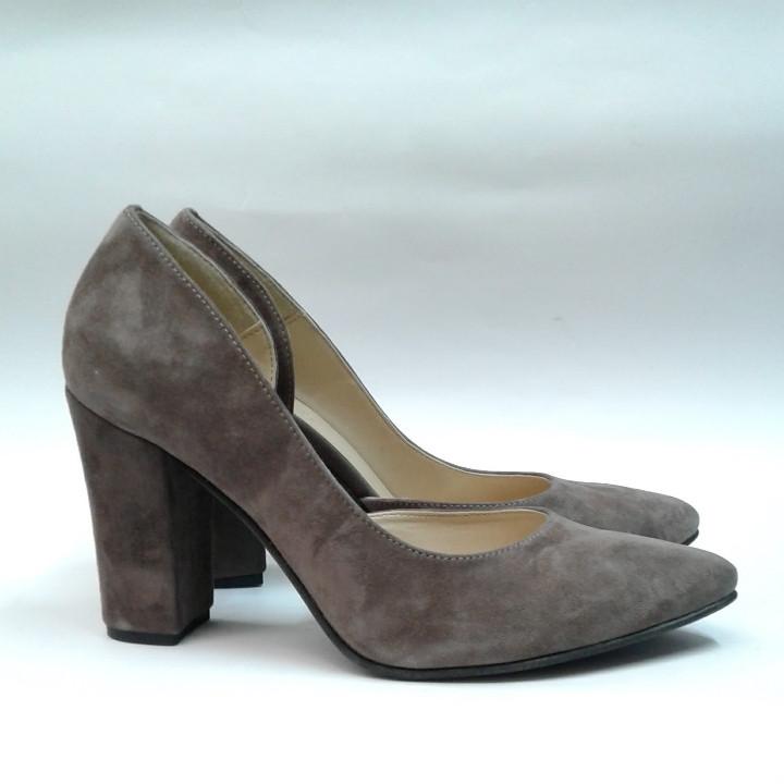 Туфли женские на удобном каблуке замша с вырезом