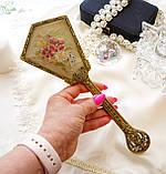 Старовинна бронзова щітка для волосся, щітка з ручкою, бронза, тканина, вишивка, дерево, Англія, вінтаж, фото 10