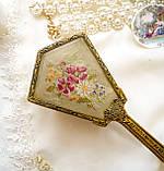 Старовинна бронзова щітка для волосся, щітка з ручкою, бронза, тканина, вишивка, дерево, Англія, вінтаж, фото 2