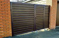 Въездные распашные металлические ворота с врезной калиткой ш3300 в2100 (дизайн профлист), фото 1