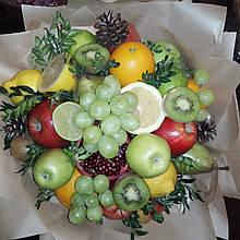 Фруктовий букет подарунковий вітальний для жінки Асорті яблука гранат виноград