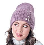 Жіноча коричнева шапочка двошарової в'язки прикрашена камінням, фото 3