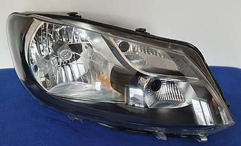 Фара передняя правая HELLA  Volkswagen Caddy 2011-2015