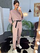 Оригінальний брючний жіночий костюм з поясом, 00716 (Пудровий), Розмір 42 (S), фото 2