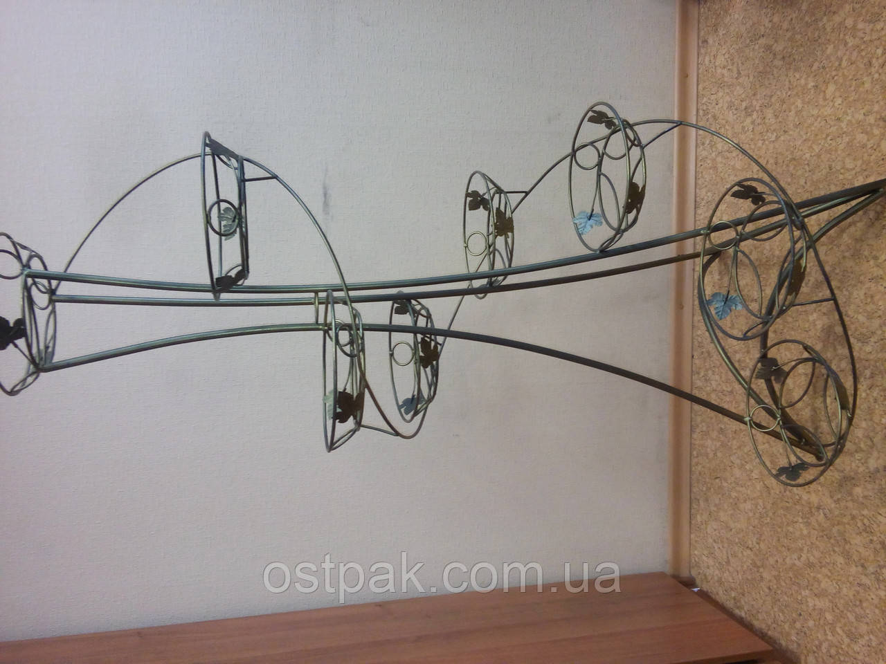 Кованая подставка для цветов, декоративная башня 8 вазонов - МЕШКОТАРА в Черкассах