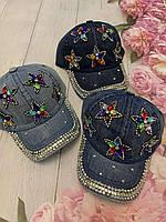 Кепка джинсовий для дівчинки зі стразами Зірки розмір 54-55 см, кольору при замовленні вказуйте