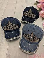 Кепка джинсовий для дівчинки зі стразами Корона розмір 54-55 см, кольору при замовленні вказуйте