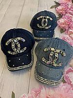 Кепка джинсовий для дівчинки зі стразами Chanel розмір 54-55 см, кольору при замовленні вказуйте