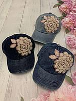 Кепка джинсова для дівчаток з намистинами Квітка розмір 54-55 см, кольору при замовленні вказуйте