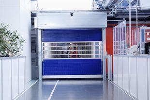 Найшвидші вертикальні ворота EFA-STR® L (3000 х 3000 мм)
