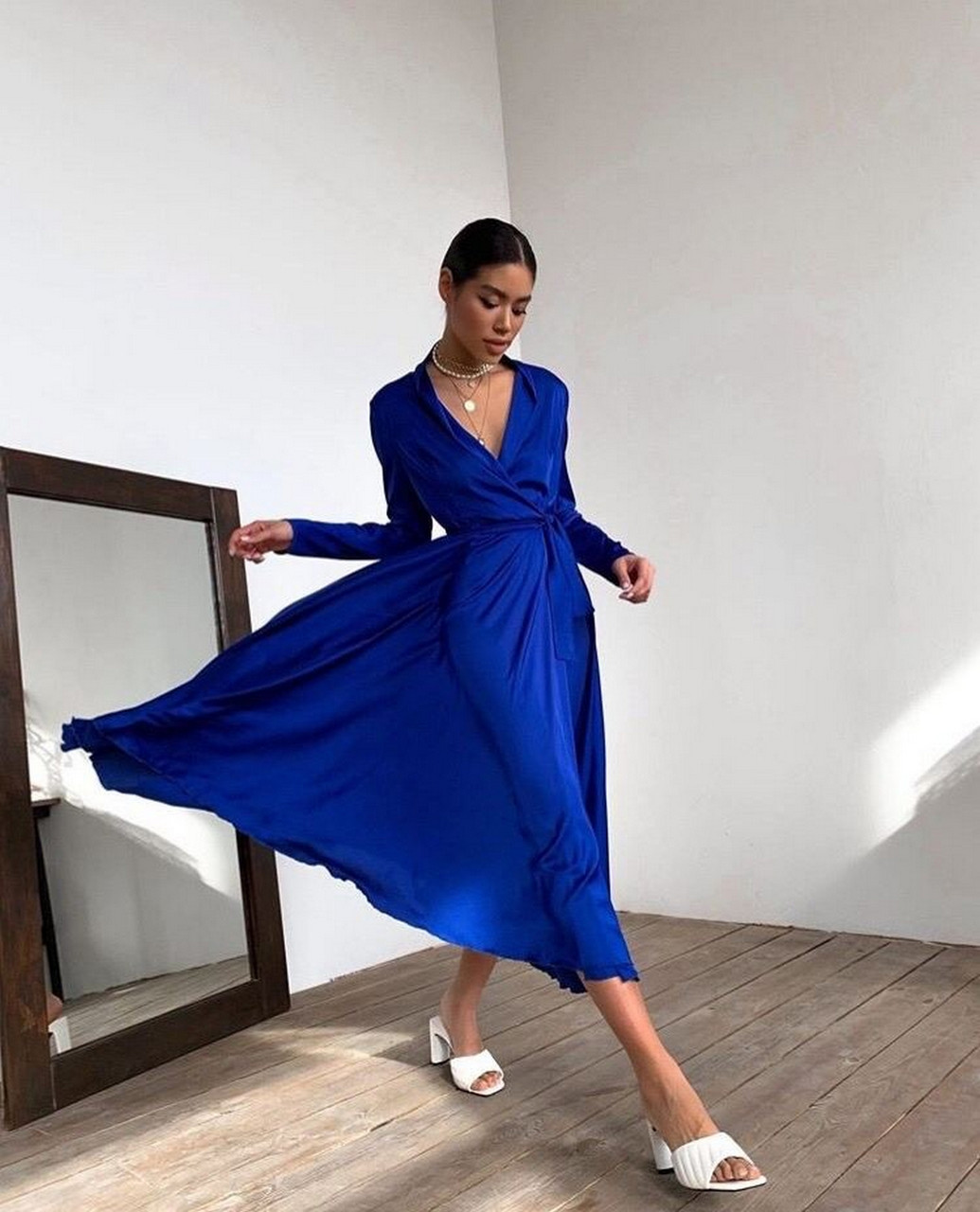 Жіночне шовкове плаття з кроєм на запах, 00617 (Темно-синій), Розмір 44 (M)