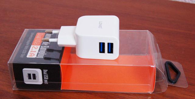 зарядное устройство, сетевое зарядное устройство, сетевой адаптер, адаптер, адаптер на 2USB порта, зарядное на 2USB порта, зарядное устройство для смартфона,