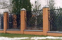 Кованые заборы для частных домов