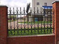 Кованые заборы для частного дома