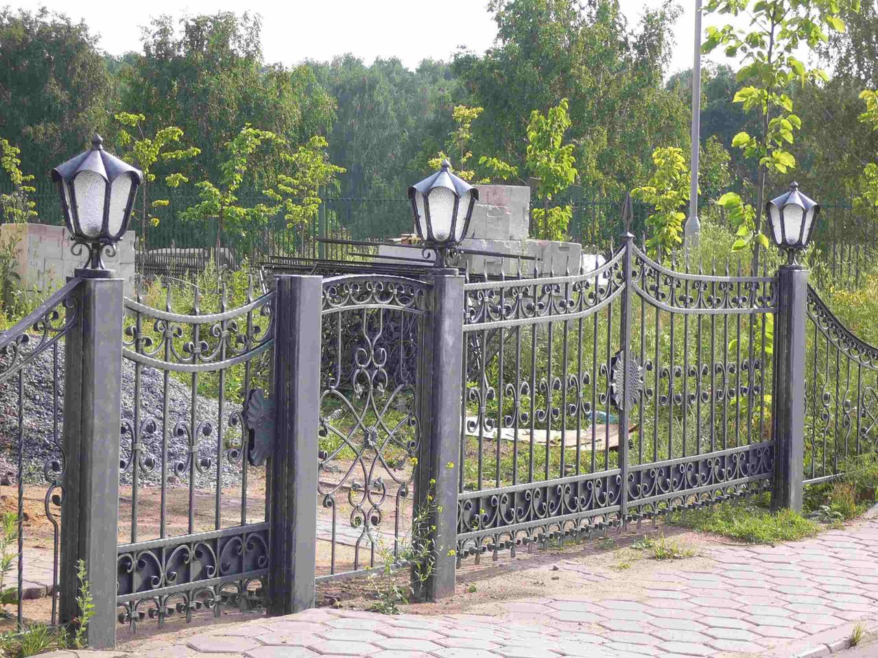 Ковані огорожі і ворота