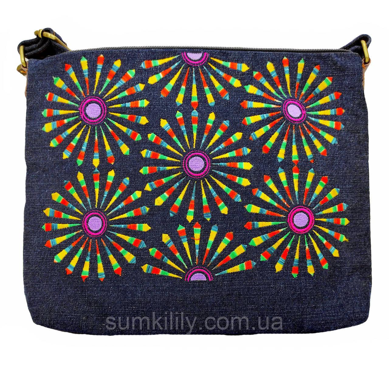 Джинсовая сумка с вышивкой Салют