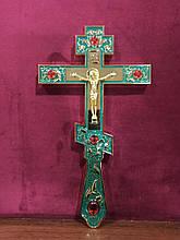 Требний хрест зелений з камінням для священнослужителя