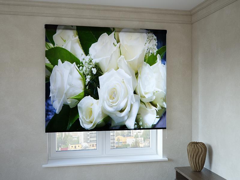 Рулонні штори з фотодруком білі троянди