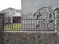 Кованый забор из готовых элементов