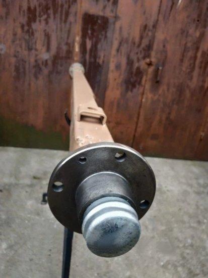 Балка АТВ-155 (01Р) для прицепа квадратная, усиленная (толщина 6 мм) со ступицей шплинтованой под жигулевское
