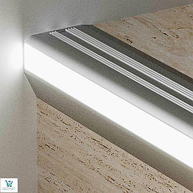 Алюминиевый накладной профиль G/9/F для защиты ступеней с LED подсветкой 52,5х43,5 мм