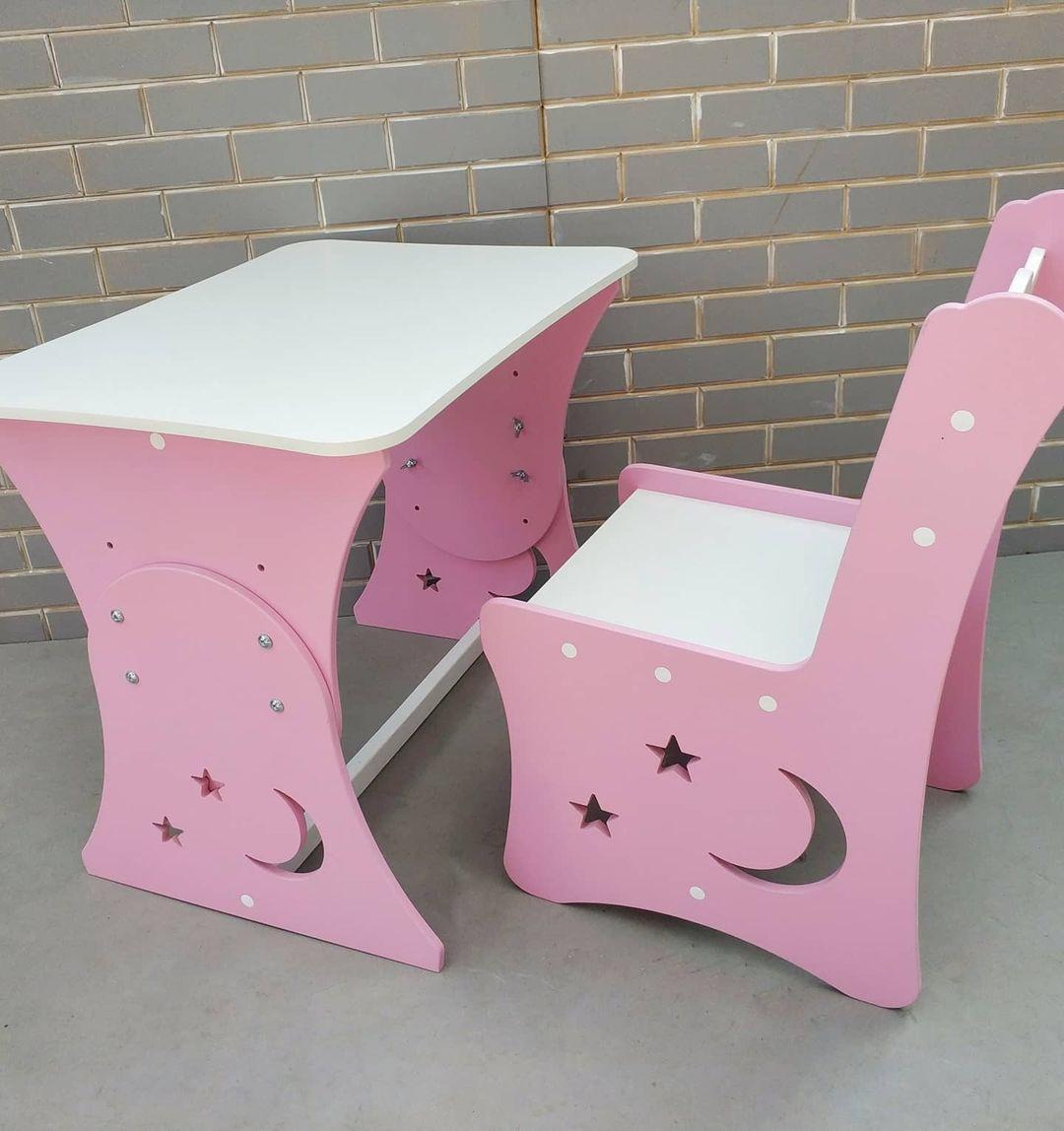 """Дитяча парта """"Місяць і зірки"""" і 1 стілець"""