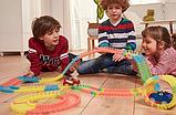 Детский набор - гоночная трасса MAGIC TRACК 220 деталей / Mеджик Трек - Гибкая автотрасса с двумя машинками, фото 6