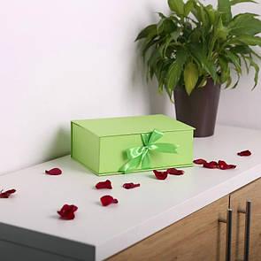 """Коробки """"книжка"""" для квітів і солодощів 25*18*9 см"""