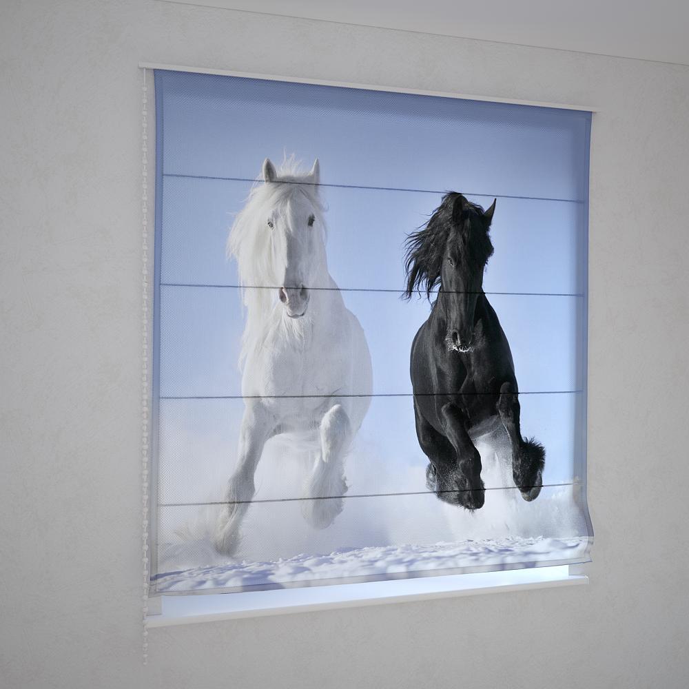 Римские шторы лошади