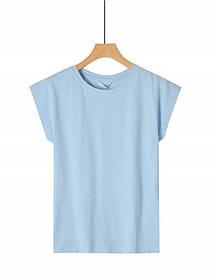Жіноча однотонна блакитна базова футболка у великому розмірі