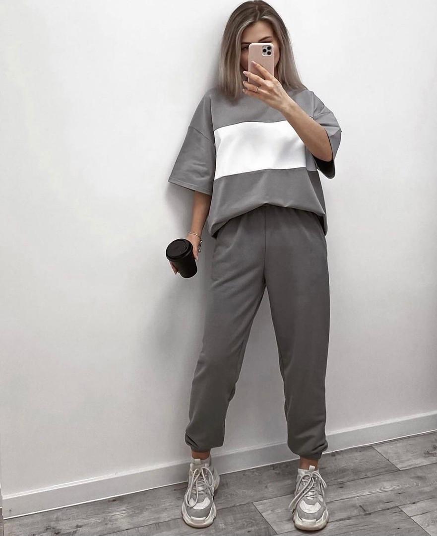 Легкий женский спортивный костюм с футболкой в полоску (Норма)