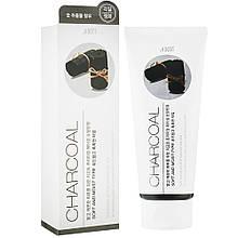 Пилинг-гель для лица с чёрным углем Jigott Premium Facial Charcoal Peeling Gel 180 мл