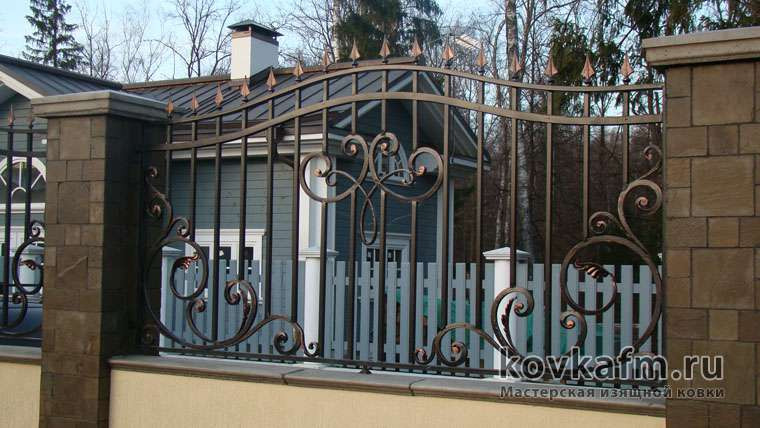 Кованый забор за погонный метр
