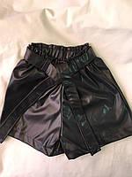 Дитячі шорти для дівчинки на гумці з еко-шкіри 6-9 років, чорного кольору, фото 1