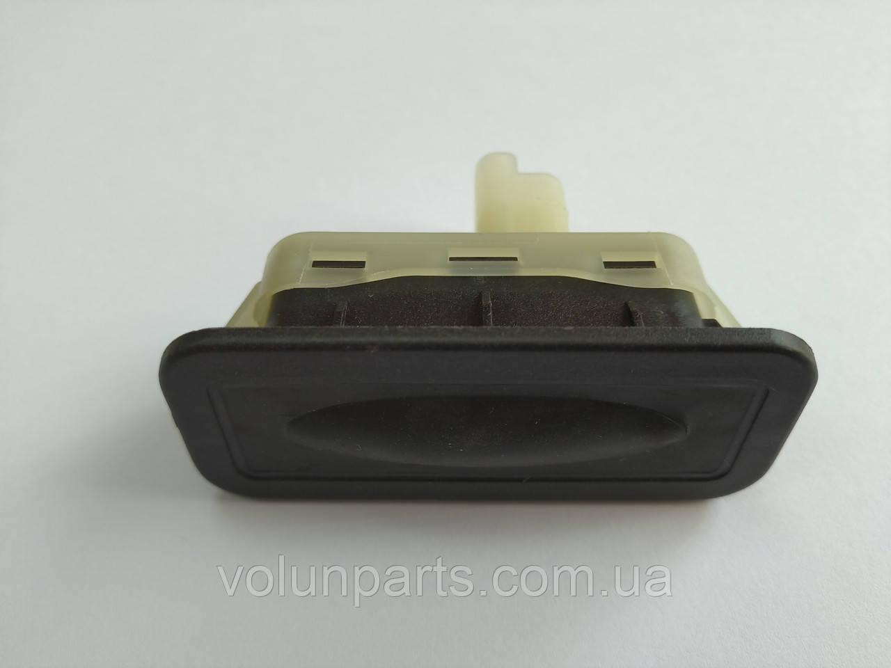 Кнопка відкриття багажника RENAULT CLIO 3-4, GRAND SCENIC 2, MEGANE 2, MODUS, CAPTUR, LAGUNA 3 (8200385515)