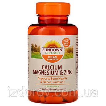 Sundown Naturals, Кальций, магний и цинк для иммунитета и нервной системы, 100 капсуловидных таблеток. США