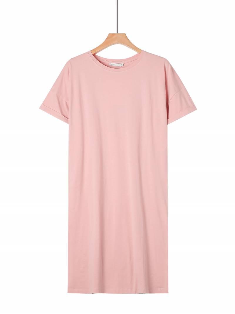 Женское удлиненное розовое трикотажное прямое платье на лето