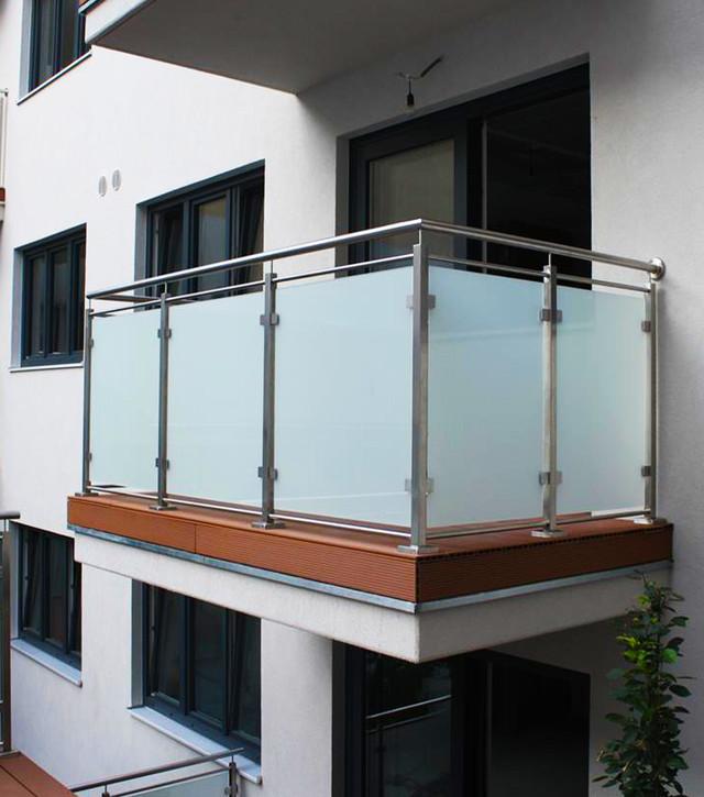 Перила и ограждения для балкона - фото и видео