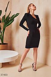 Облегающее короткое платье с фигурным вырезом черное