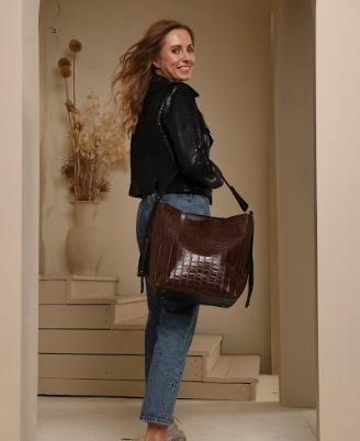 Жіночі сумки і клатчі