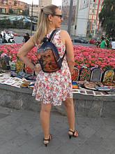 Рюкзаки размером 30/23/9 см (висота/ширина/длина)