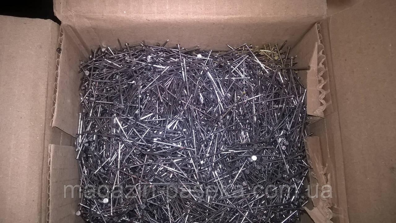Цвяхи 30 мм х 1,2 мм 0,5 кг