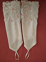 Детские перчатки белые с розовым