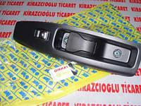 Кнопка стеклоподъемника правая Fiat Doblo 2009--