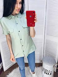 Жіноча однотонна сорочка з короткими рукавами з кишенями на грудях