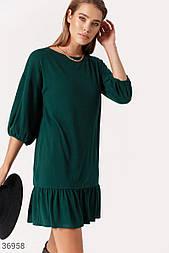 Повседневное платье свободного кроя зеленое