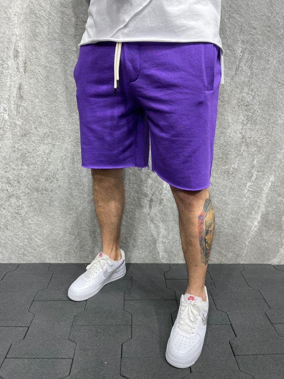 Мужские трикотажные шорты фиолетового цвета