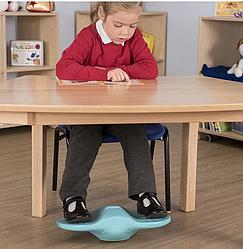 Підставка під ноги для поліпшення концентрації уваги